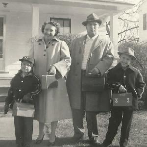 Jon Runaldue (far left) with his dad, Lewis Riddick Runaldue, and Jon's mother and brother in 1955